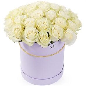 35 роз Мондиаль в шляпной коробке