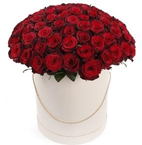 из 101 красной розы Ред Париж в шляпной коробке